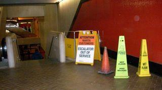 Marta_escalator_001