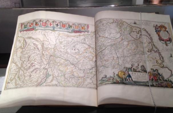 Book_atlas