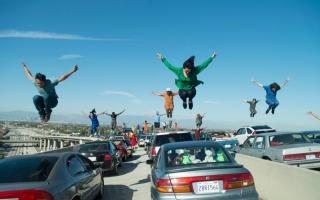 Traffic_dancers