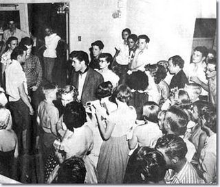 1955_june_3_elvis_Buddy