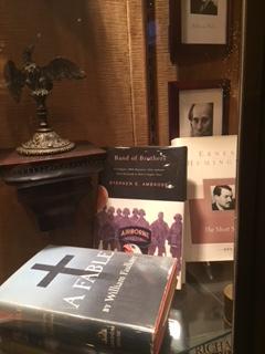 Monteleone_shrine_books