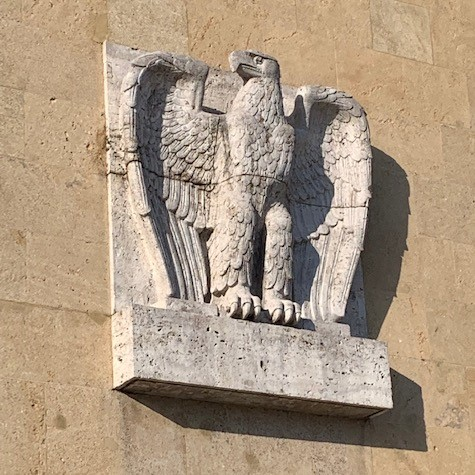 Berlin_tempelhof_eagle