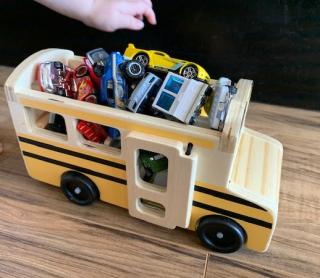 Busfullofcars